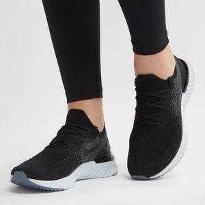 Nike Epic React Flyknit Size 9.5